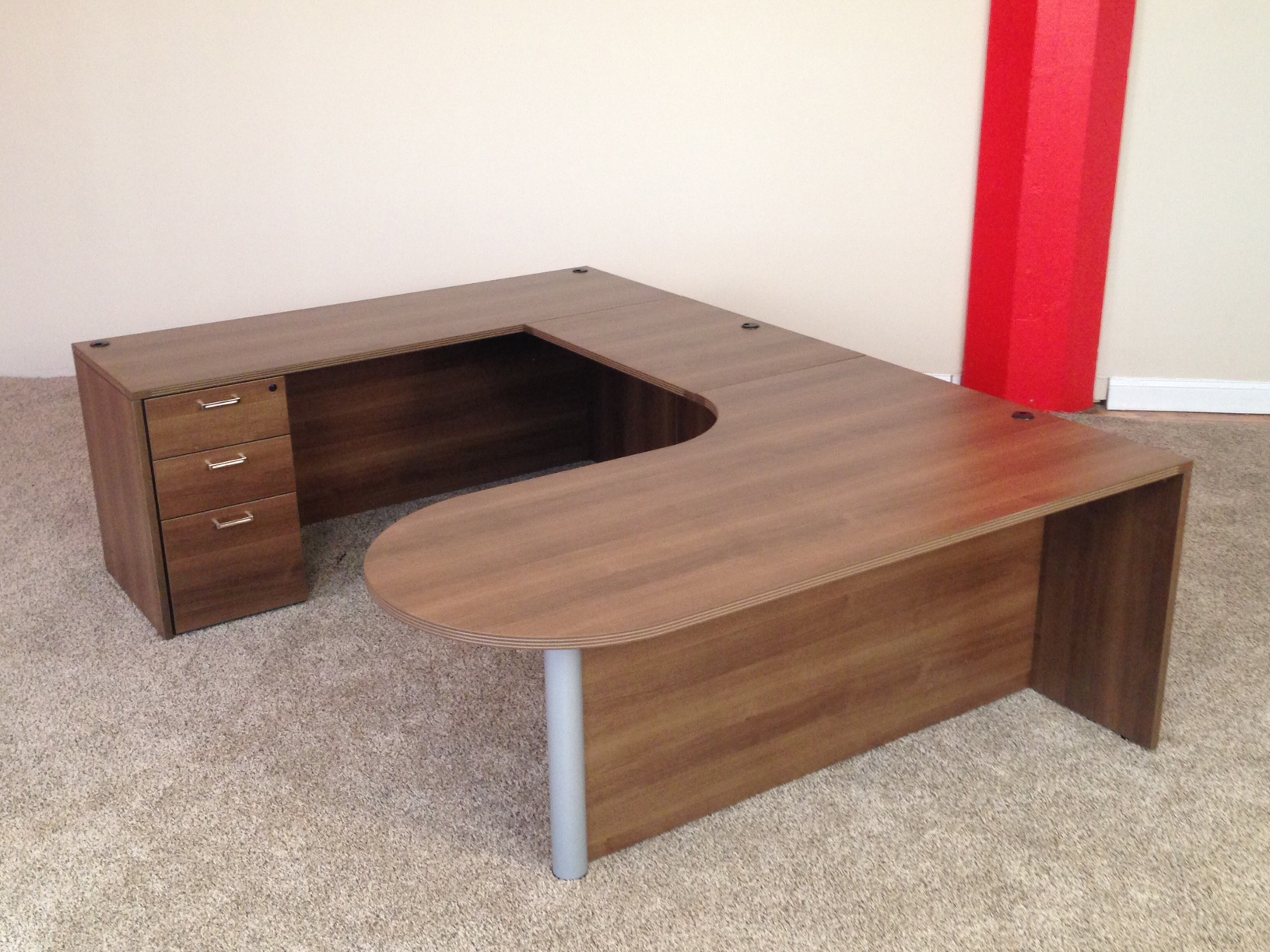 Bullet U-shaped Desk #2 Bullet Front U-Shaped Office Desks