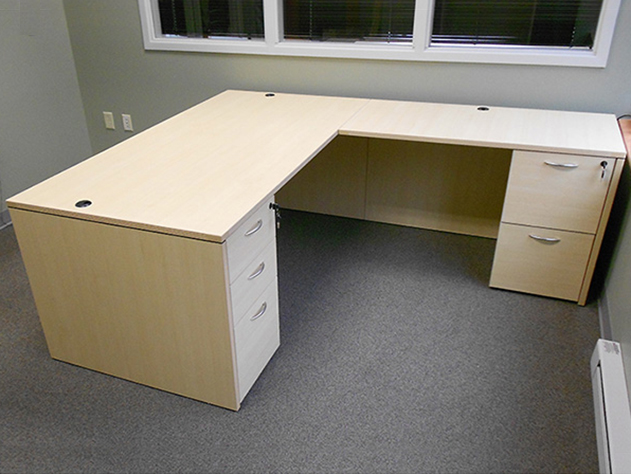 Rectangular L-desk #11 Rectangular Front L-Shaped Office Desks